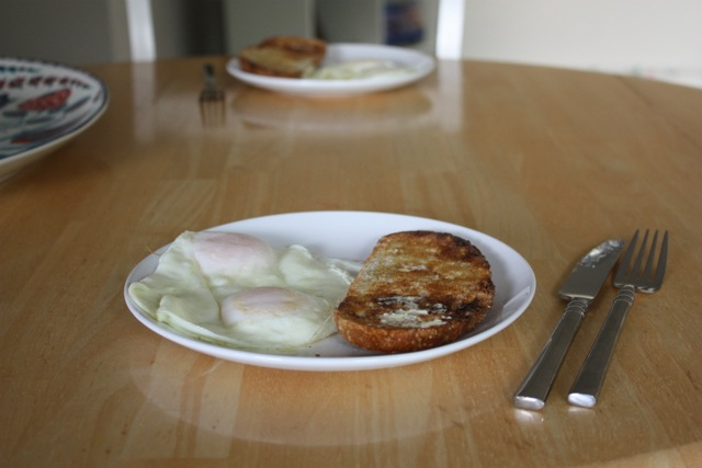 eggs and toast for breakfast