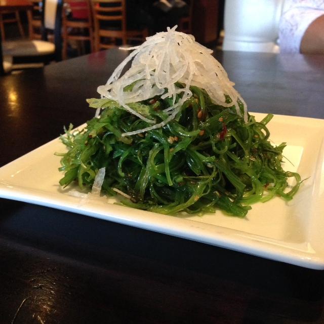 sumo sushi in ventura ca seaweed salad