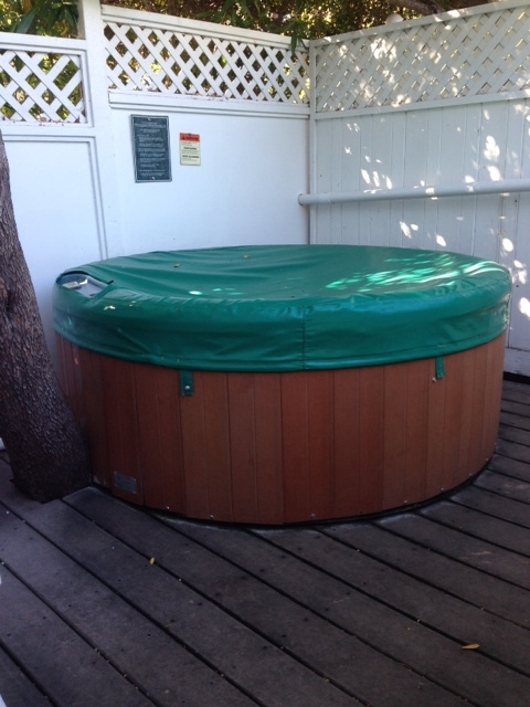 jacuzzi apple farm