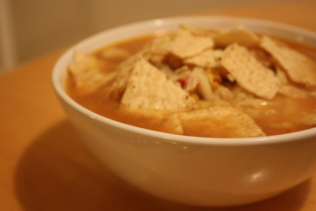 chicken tortilla soup with chips