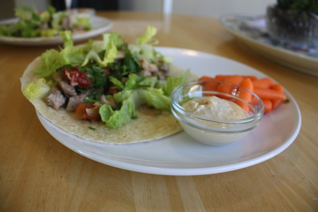 Healthy and Easy Lunch | Mediterranean Style Chicken Wrap With a Side of Carrots and Hummus