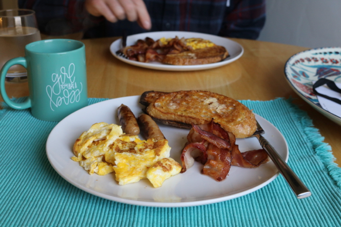 Daily Eats | Sourdough toast with Kerrygold butter, scrambled eggs, chicken sausage links, and bacon for breakfast.