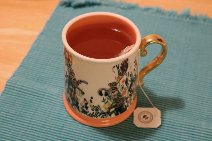 Daily Eats | The perfect evening cup of hot tea - Throat Coat